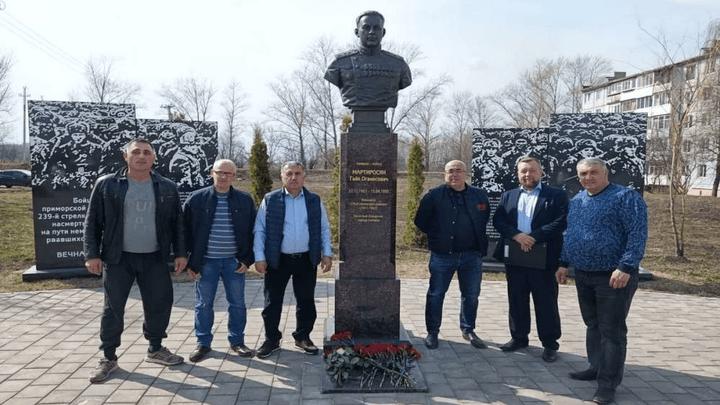 В городе воинской доблести Узловой почтили память генерал-майора Советской армии Гайка Мартиросяна