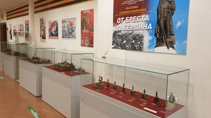 В Тулу из Китая прибыла уникальная миниатюра советской женщины