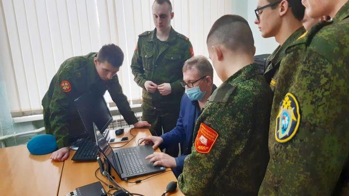 Тульских кадетов научили распознавать ложь