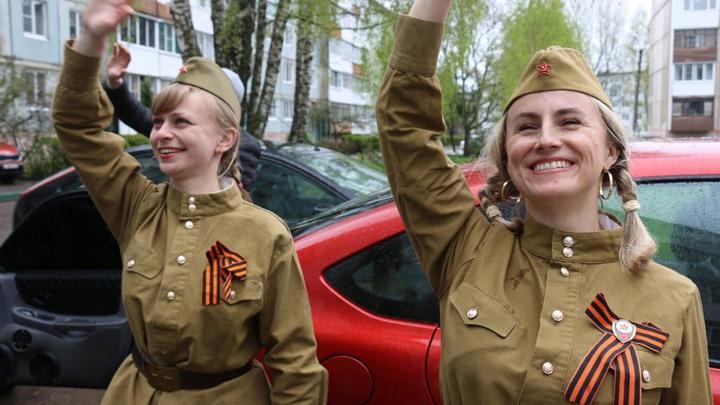 В Новомосковске прогремел «Фейерверк Победы»