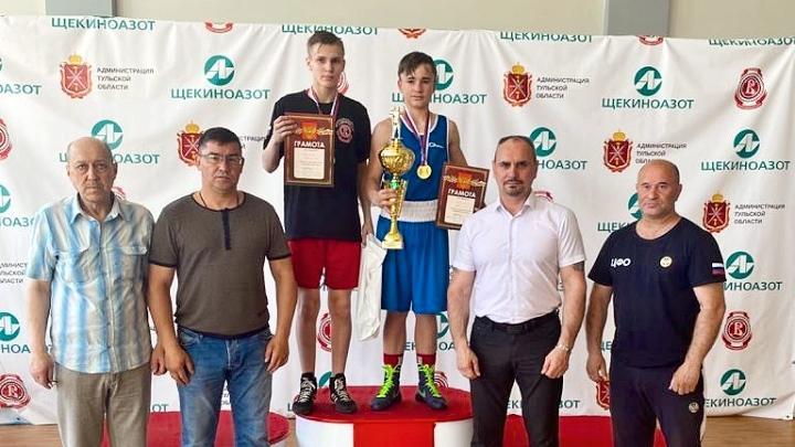 Боксёры из семи регионов отметили День химика в Первомайском