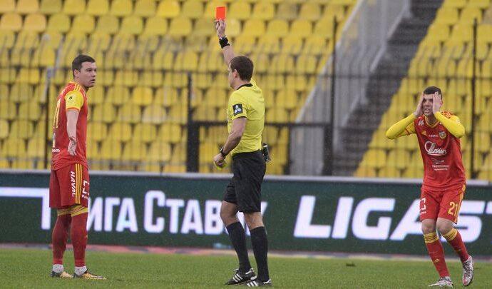 «Арсенал» проиграл «Рубину», выигрывая 2:0