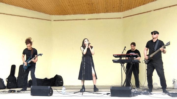 «Тяжёлый» ликбез: рок-урок под открытым небом прошёл в Узловой