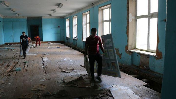 В новомосковских Сокольниках реконструируют закрытую школу