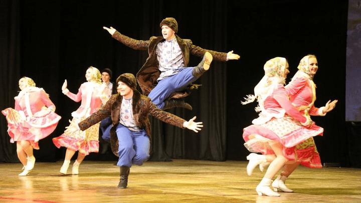Новомосковский Народный ансамбль эстрадного танца отметил юбилей