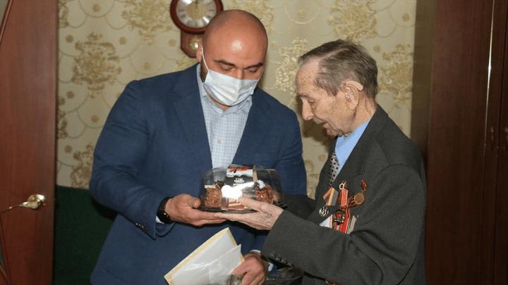 Большой юбилей: 95-летие отметил ветеран Великой Отечественной войны Виктор Матвеев