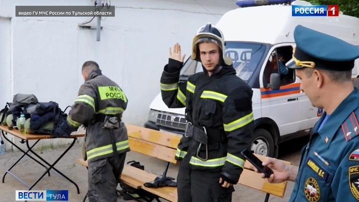 Тульские журналисты попробовали себя в роли пожарных