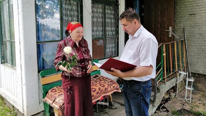 В Одоеве ветеранам и узникам концлагерей присвоили звания Почётных граждан