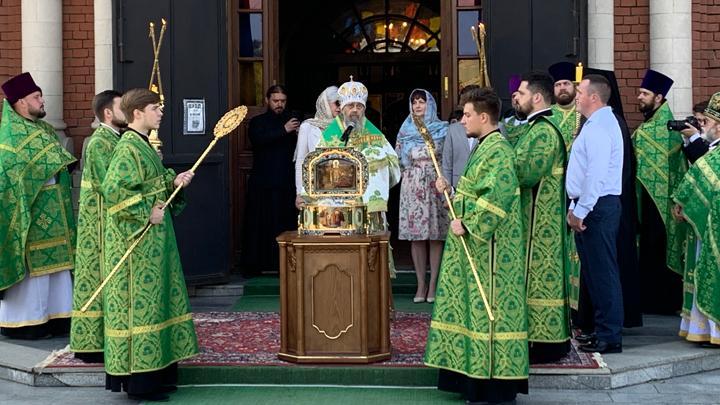 В Туле прошёл крестный ход с мощами князя Александра Невского