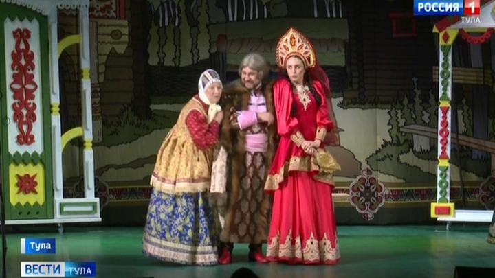 Буффонаду, клоунаду да еще и совместно с променадом, привезут детям тульские актеры