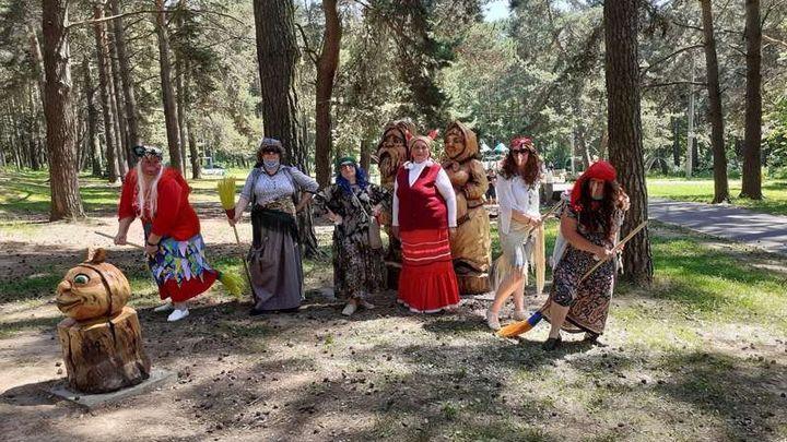 Алексинцы провели время «В чаще лесной с Бабою Ягой»