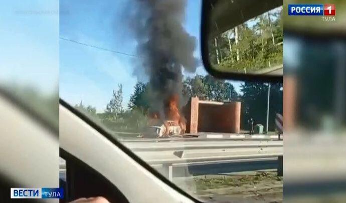 На трассе «Дон» в Тульской области сгорела машина