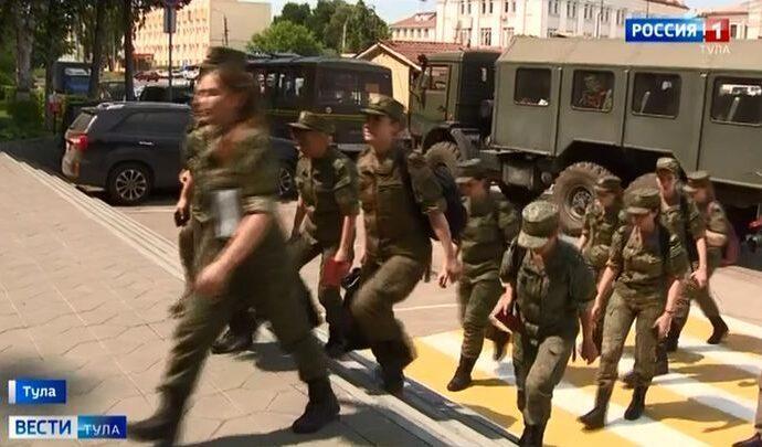 На борьбу с коронавирусом в Тулу прибыли военные медики