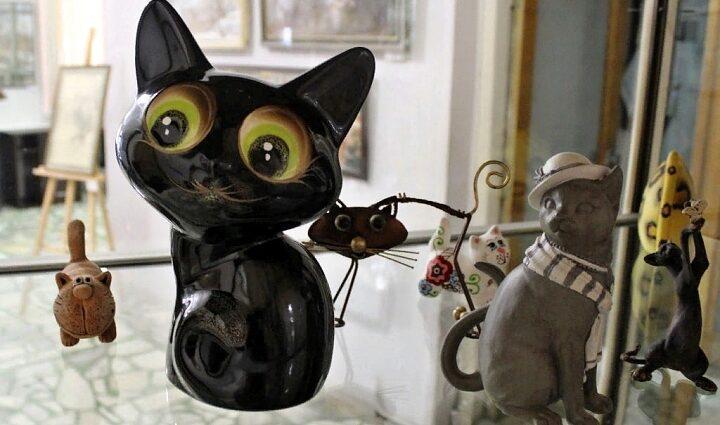 Мини-выставка «Мир кошек» в Новомосковске