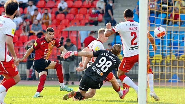 Матч 5-го тура чемпионата Российской премьер-лиги межу «Арсеналом» и «Спартаком» завершился со счётом 1:1.