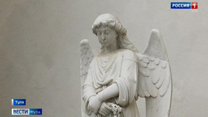 Ангелы на Всехсвятском соборе в Туле рискуют потерять крылья