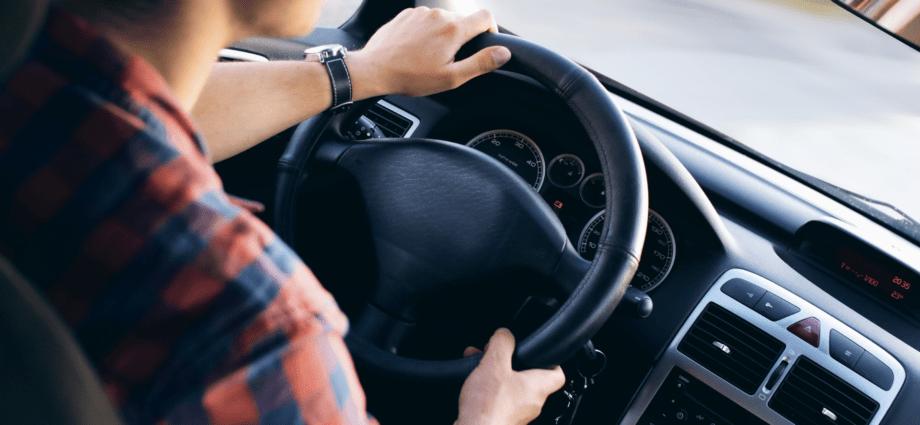 Узнать о болезни водителя автоматически сможет любой инспектор ГИБДД