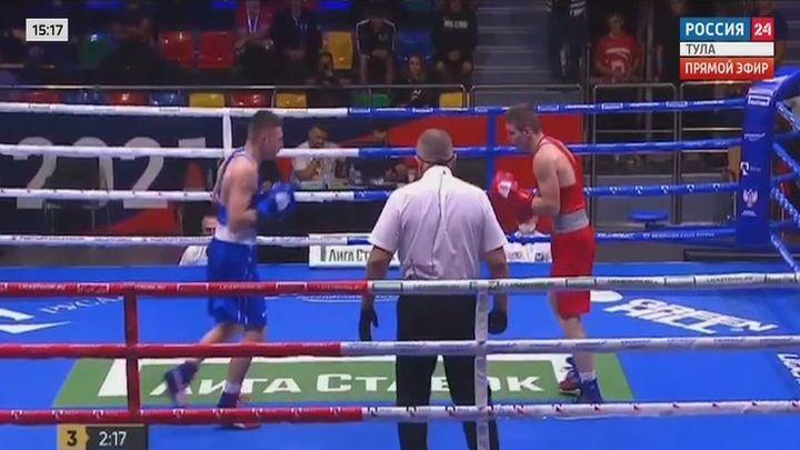 Тульский боксёр Илья Шакиров вышел в четвертьфинал чемпионата России