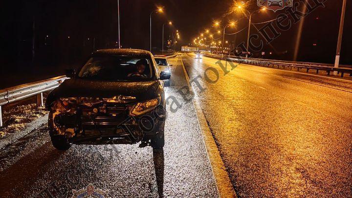В Тульской области водитель кроссовера въехал в ограждение