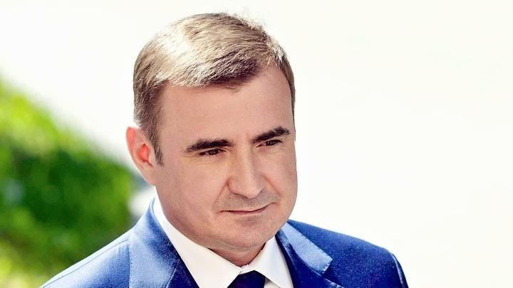 Алексей Дюмин поздравил жителей региона с Днем физкультурника