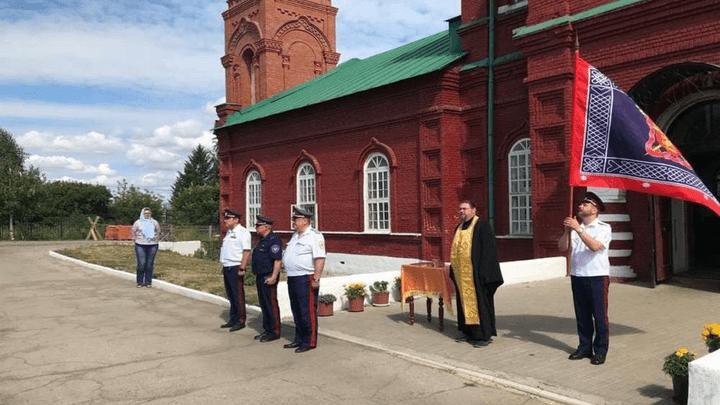 «Любо!»: В стане тульских казаков прибыло, теперь у них появились удостоверения