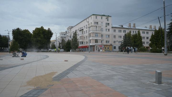 В Новомосковске завершается ремонт городской площади