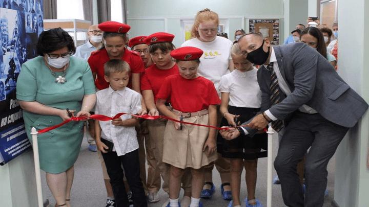 «Разведчицы на службе Отечеству»: В Узловой в День города открылась уникальная выставка