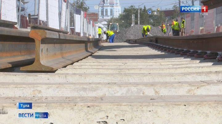 Работы по ремонту трамвайных путей по улице Советской завершат к концу сентября
