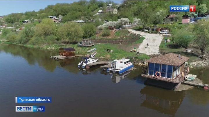 Росреестр разъяснил порядок строительства дома на берегу водоема