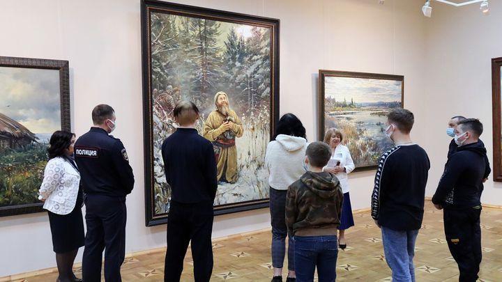 В Туле открылась выставка пейзажей кисти Василия Нестеренко