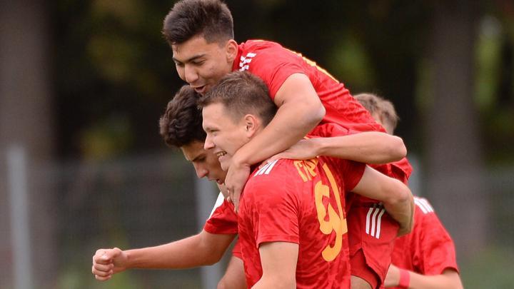 «Арсенал-2» в меньшинстве выиграл у «Зенита»