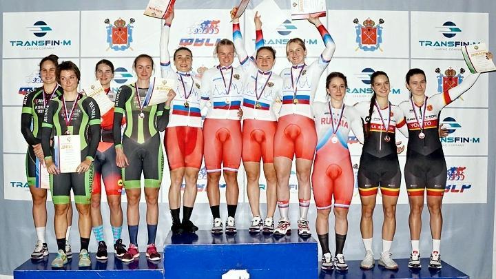 Пять медалей завоевали тульские велогонщицы в первый день чемпионата России