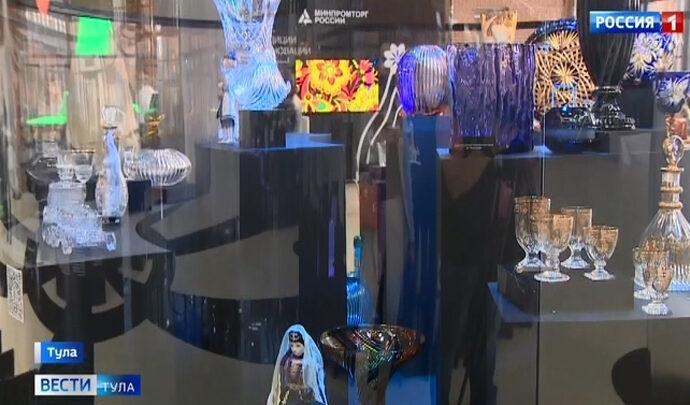 В атриуме Тульского кремля открылась выставка народных промыслов