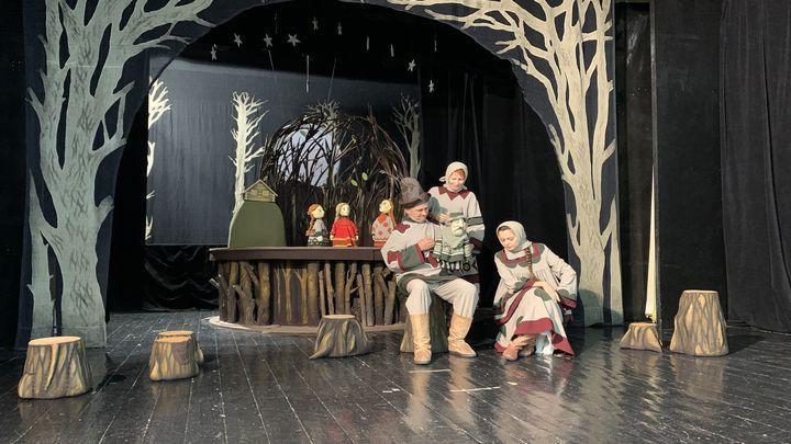 Тульский Государственный театр кукол премьерным спектаклем «Финист - ясный сокол» открыл новый сезон