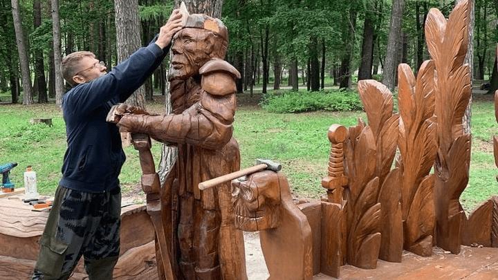 Алексинскому Кощею Бессмертному в парке «Жалка» подарили вторую жизнь