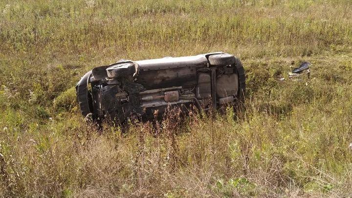 В Одоевском районе автоледи не удержала машину на трассе