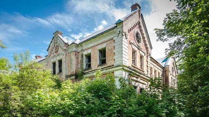 Территорию усадьбы Фон Мекк в Венёвском районе внесли в реестр объектов культурного наследия