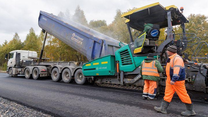 В Тульской области для ремонта региональных дорог применяют передовые технологии