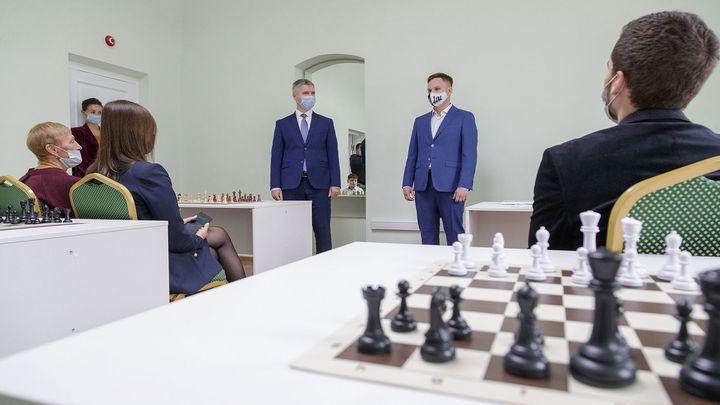 Шах и мат: Тульские школы наградили за развитие шахматного образования