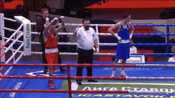 Илья Шакиров вышел в финал чемпионата России, Тимур Гамзатов - бронзовый призёр