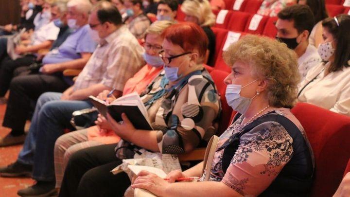 Новомосковские спасатели провели урок для учителей