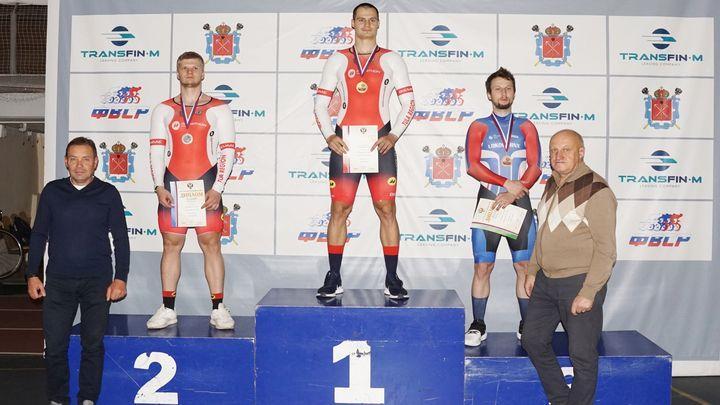 Тульские велогонщики завоевали шесть медалей в заключительный день чемпионата России