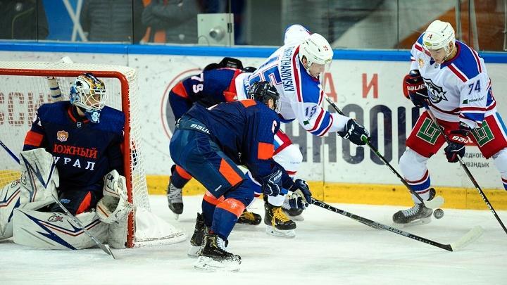 Хоккеисты АКМ победили в Орске