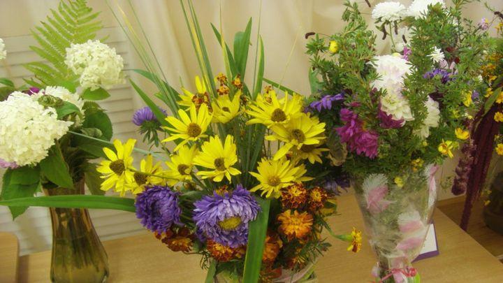 Гостей Богородицкого дворца-музея приглашают взглянуть на фарфоровые цветы