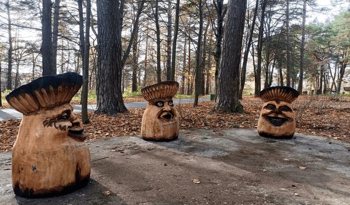 Грибной сезон: в Алексинском парке появились новые деревянные арт-объекты из сказки