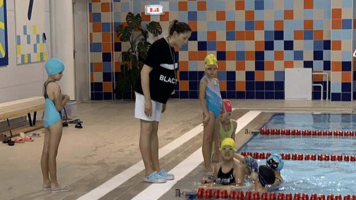 В Щёкине участниками проекта «Плавание для всех!» стали десятки ребят