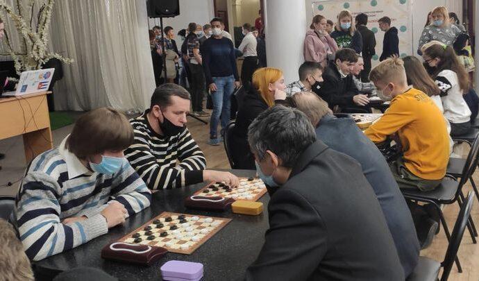В Первомайском прошел чемпионат Тульской области по русским шашкам