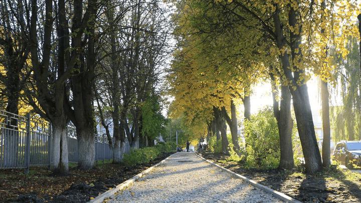В Новомосковске продолжается ремонт тротуаров