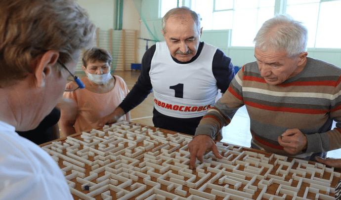 В Новомосковске прошли соревнования для «серебряных спортсменов»